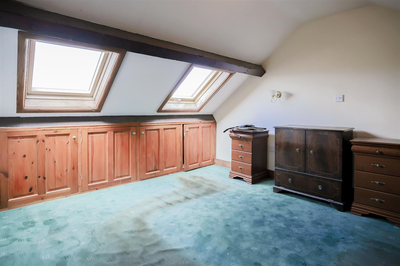 2 Bedroom Barn Conversion For Sale - IMG_2407.jpg